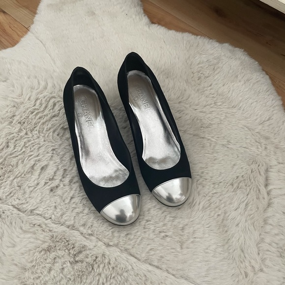 CHANEL SIZE 38